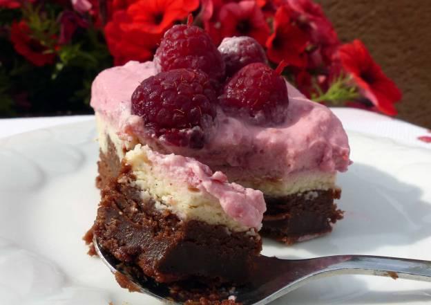 Brownie de frambuesas y tarta de queso. CP